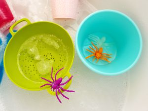spider water play idea